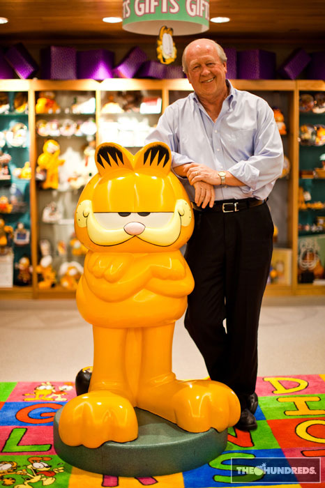 http://theworldsbestever.s3.amazonaws.com/blog/wp-content/uploads/2010/12/jim-davis-garfield-creator-hundreds-interview.jpg