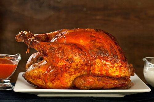 Buffalo-Roasted-Turkey-with-Blue-Cheese-Sauce