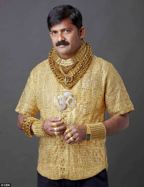 The-man-with-the-gold-shirt