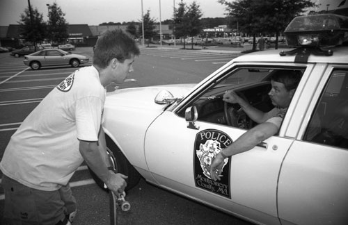 Rodney-Mullen-with-Maryland-Cop-1990-