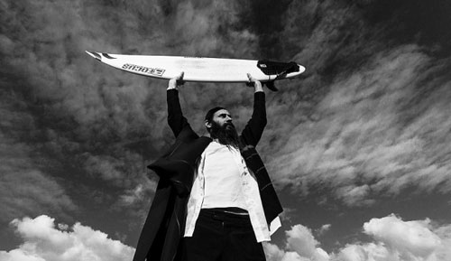 orthodox-jewish-surfer