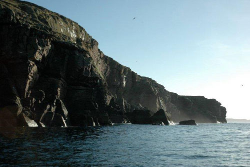 tanera-mor-cliffs