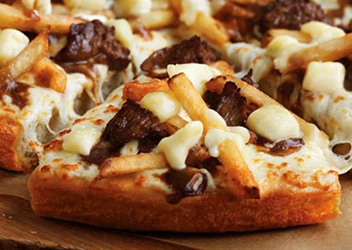 pizza-hut-canada-cheesy-poutine-pizza