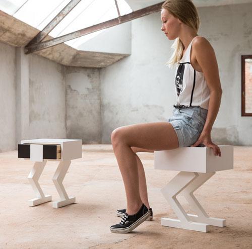delta-stool