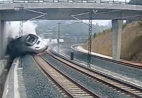 high-speed-train-derailment-spain-tragic