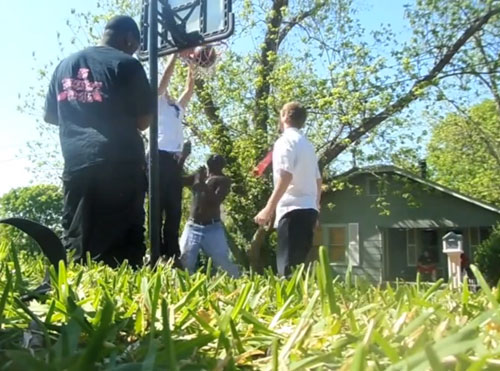 mormon-missionaries-hoops