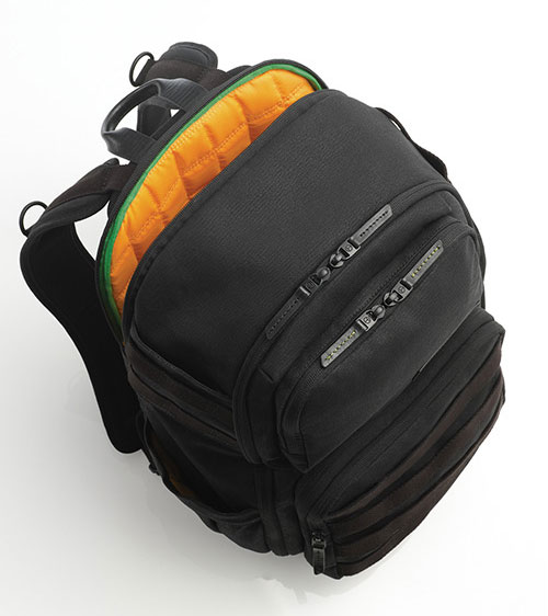 cool-hunting-tumi-backpack-2