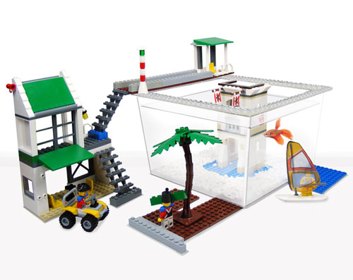 fish-space-lego-fish-tank