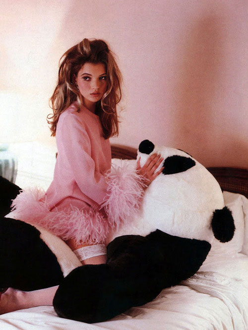 kate-moss-panda-humper