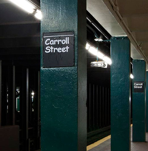 Comic-Sans-Subway-NY-Carrol-Street