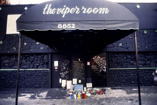 river-phoenix-viper-room