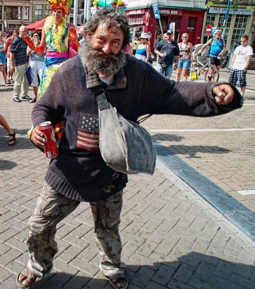 amsterdam-alcoholic-worker