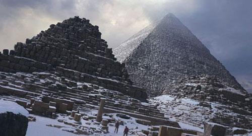 egypt-snow-pyramids
