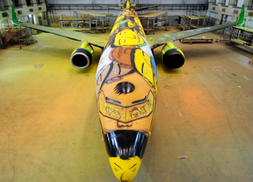 os-gemeos-world-cup-plane-2
