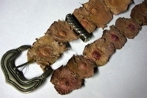 ed-gein-nipple-belt