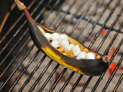 grilled-banana-boats