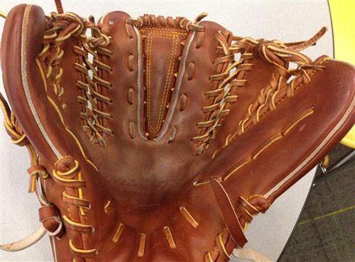 switch-baseball-glove