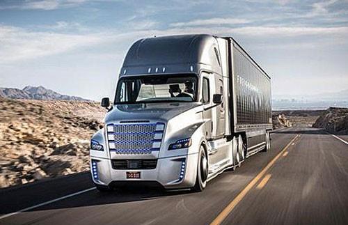 robot-truck-highway
