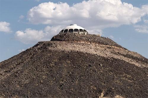 volcano-house-10