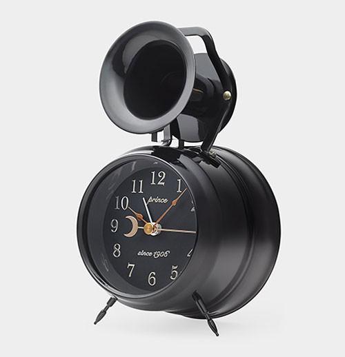 bugle-alarm-clock