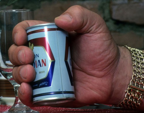 andre-the-giant-beer-hand