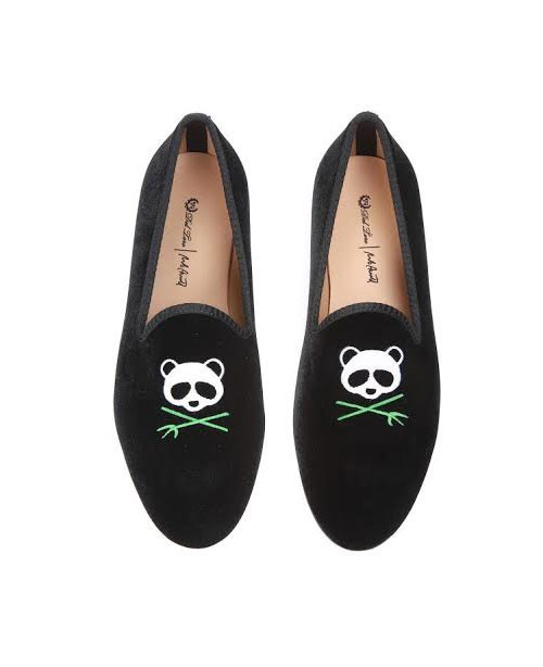 rob-pruitt-panda-slippers