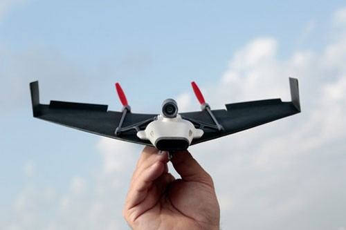 paper-airplane-drone-live-stream