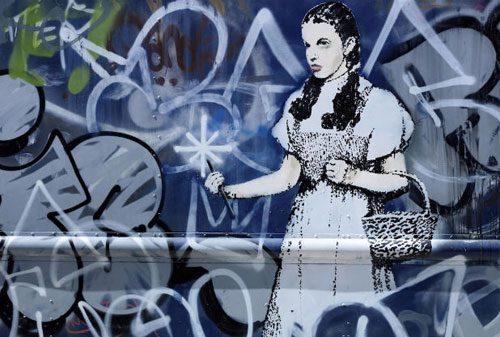 Banksy-swat-van-3