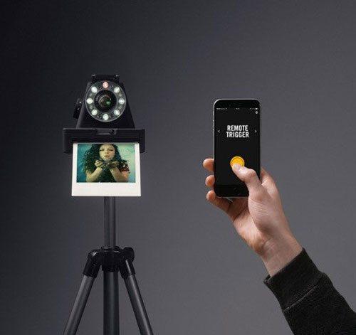 impossible-i1-polaroid-camera-02