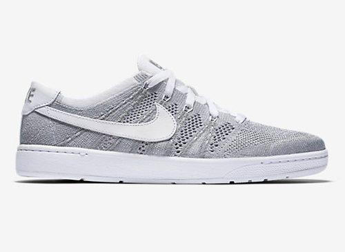 Nike Flyknit Tennis Shoes