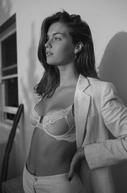 Gigi Midgley naked (38 images) Video, Facebook, braless